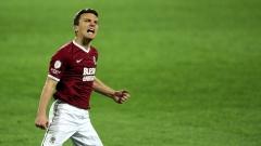 David Lafata se raduje ze své branky, kterou srovnal stav utkání Sparta-Slavia na 1:1. Letenští nakonec vyhráli 2:1